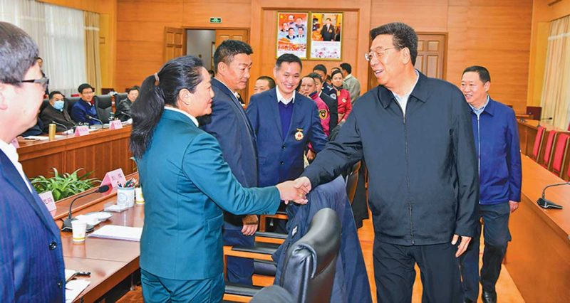 China rewards Tibetans working in security apparatus
