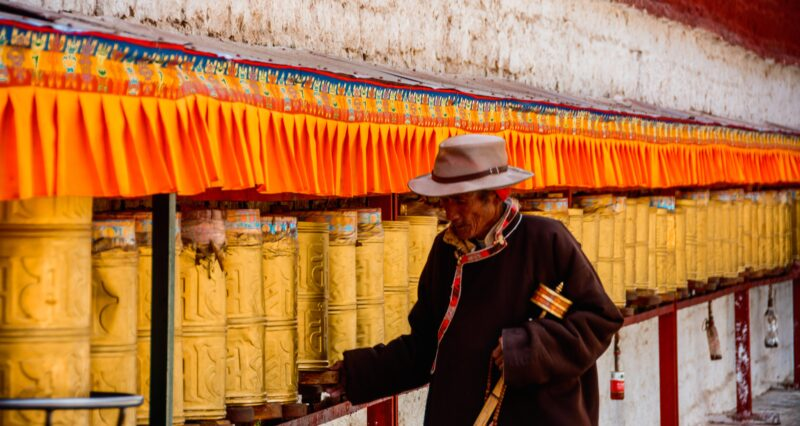 Tibetans in Lhasa told to restrict religious practice during holy month